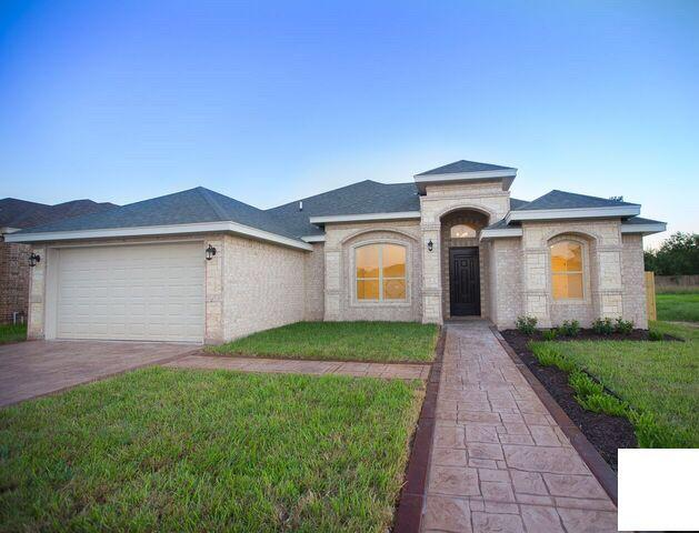 4913 Kendlewood Avenue, Mcallen, TX 78501 (MLS #305385) :: The Ryan & Brian Real Estate Team