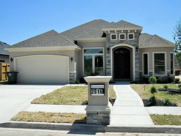 2016 E 21st Street, Mission, TX 78572 (MLS #305638) :: Jinks Realty