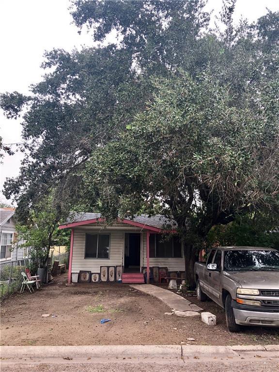 215 E Wright Street E, Pharr, TX 78577 (MLS #305877) :: Jinks Realty