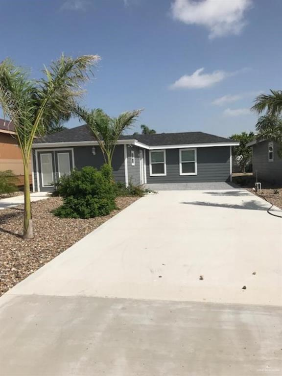 2301 E Bogey Drive, Mission, TX 78572 (MLS #306633) :: Jinks Realty