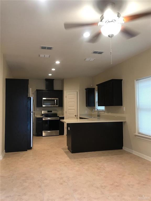 2706 E Garfield Avenue, Alton, TX 78573 (MLS #307599) :: Jinks Realty