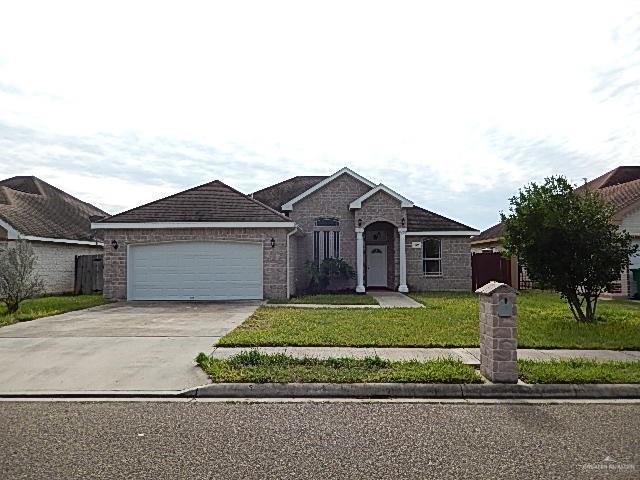 520 Canela Avenue, Pharr, TX 78577 (MLS #307707) :: The Lucas Sanchez Real Estate Team