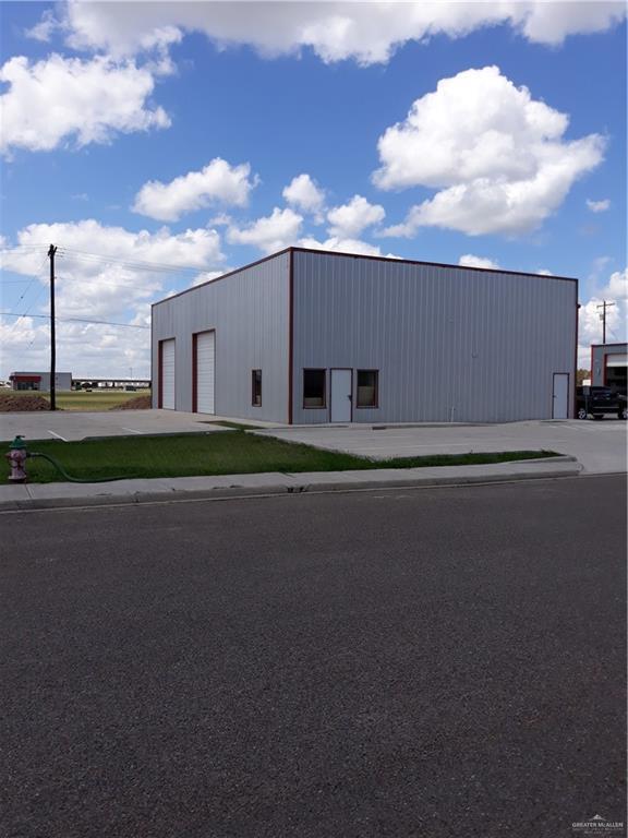2601 N Mid Valley Drive, Weslaco, TX 78599 (MLS #307883) :: Realty Executives Rio Grande Valley