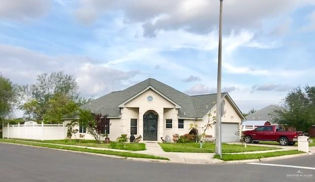 4712 Maple Avenue, Mcallen, TX 78501 (MLS #307904) :: The Ryan & Brian Real Estate Team