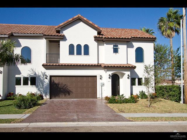 805 S 5th Street, Mcallen, TX 78501 (MLS #309263) :: Jinks Realty