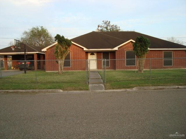 906 Benito Alaniz Street, Elsa, TX 78543 (MLS #310247) :: The Ryan & Brian Real Estate Team