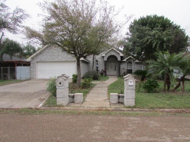 609 E 4th Street, San Juan, TX 78589 (MLS #310983) :: BIG Realty