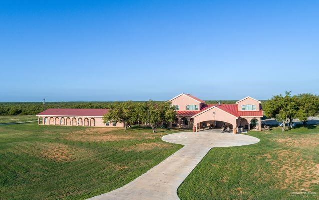 Crystal City, TX 78839 :: The Ryan & Brian Real Estate Team