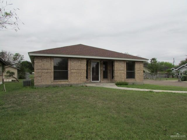 611 Elma Street, Weslaco, TX 78596 (MLS #311515) :: The Ryan & Brian Real Estate Team