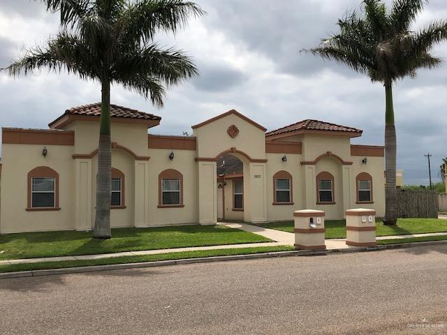 1902 W Bronze Street N, Pharr, TX 78577 (MLS #313092) :: The Ryan & Brian Real Estate Team