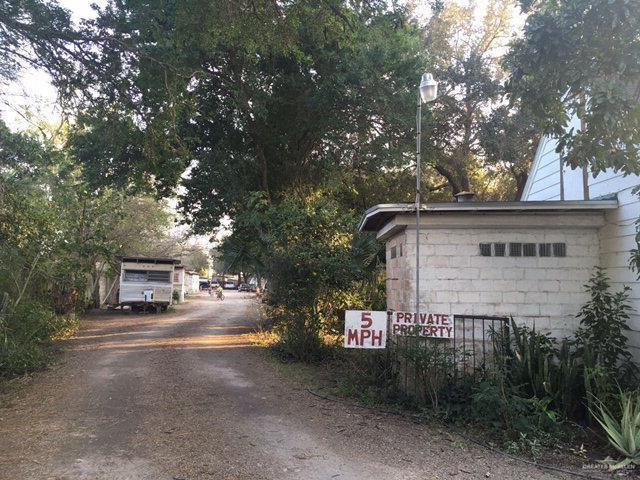 705 E Business 83, Weslaco, TX 78596 (MLS #313912) :: The Ryan & Brian Real Estate Team