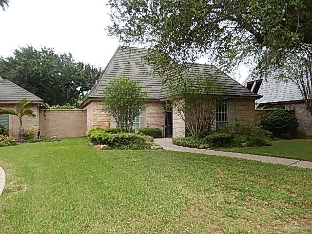 505 E Newport Lane, Mcallen, TX 78501 (MLS #314255) :: The Ryan & Brian Real Estate Team