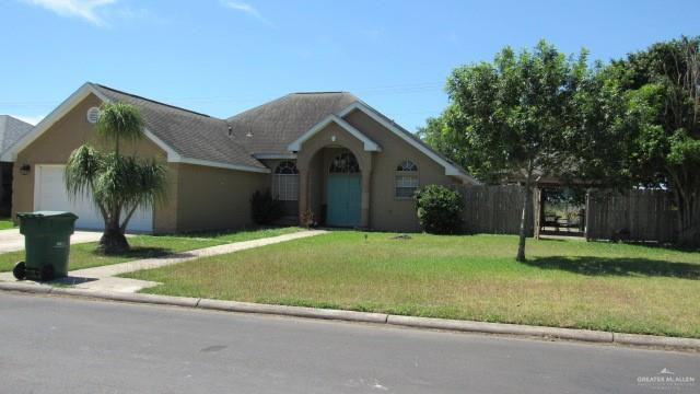 326 E Ashley Drive E, Pharr, TX 78577 (MLS #314769) :: The Maggie Harris Team