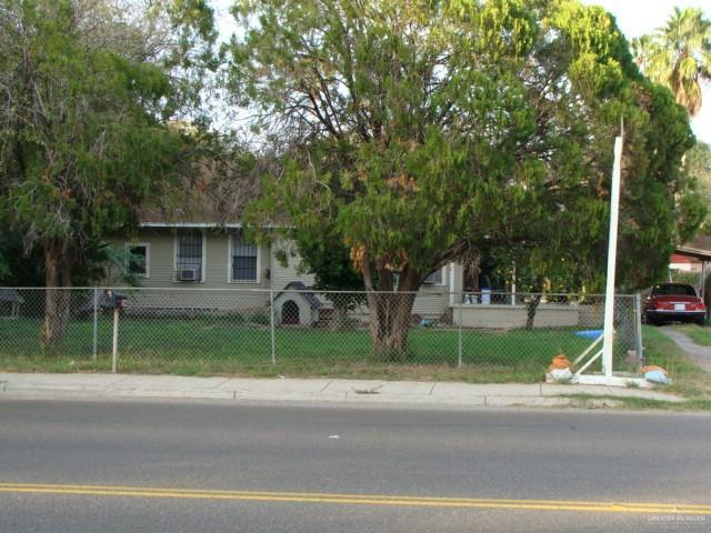 322 W Sam Houston Boulevard, Pharr, TX 78577 (MLS #316707) :: HSRGV Group