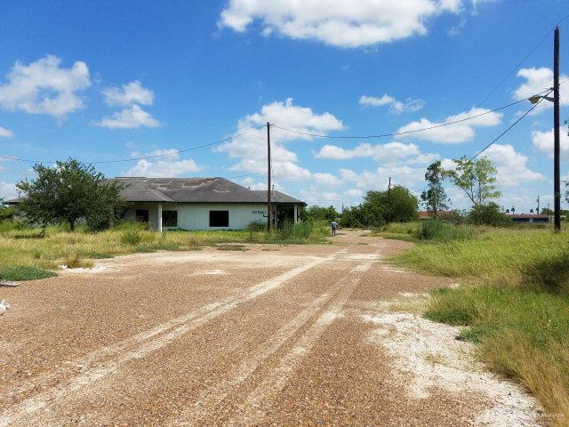 635 W Edinburg Avenue, Elsa, TX 78543 (MLS #317002) :: BIG Realty