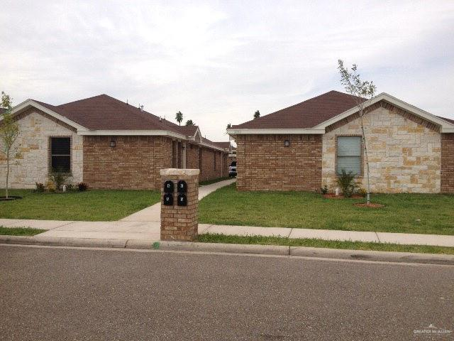 3801 S Fairmont Avenue, Pharr, TX 78577 (MLS #317120) :: The Ryan & Brian Real Estate Team
