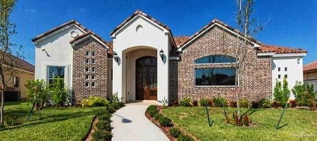 329 Eagle Avenue, Mcallen, TX 78504 (MLS #317445) :: The Ryan & Brian Real Estate Team
