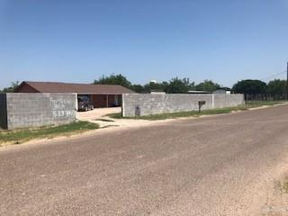 17711 Queen Palm Drive, Penitas, TX 78576 (MLS #317636) :: The Lucas Sanchez Real Estate Team