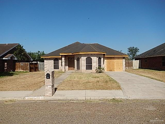 316 Whitewing Drive, La Joya, TX 78560 (MLS #318853) :: The Ryan & Brian Real Estate Team
