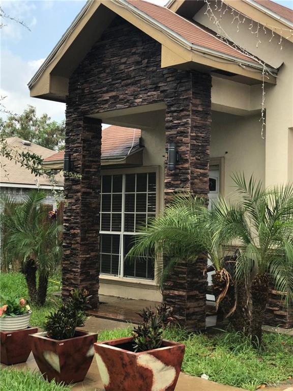 2304 Yellowfin Avenue, Pharr, TX 78577 (MLS #319428) :: The Ryan & Brian Real Estate Team