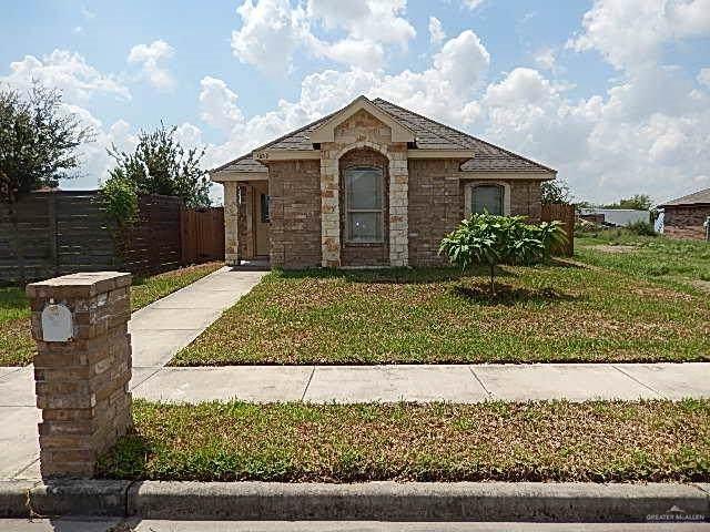 1622 Leann Rimes Road, Edinburg, TX 78542 (MLS #321079) :: The Lucas Sanchez Real Estate Team