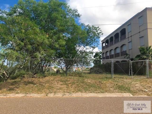 608 1st Street, Port Isabel, TX 78578 (MLS #321206) :: Jinks Realty