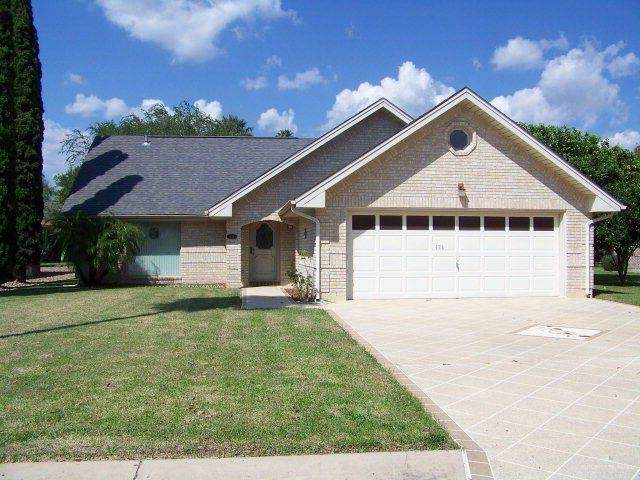 426 Rexine Drive, Alamo, TX 78516 (MLS #324130) :: The Lucas Sanchez Real Estate Team
