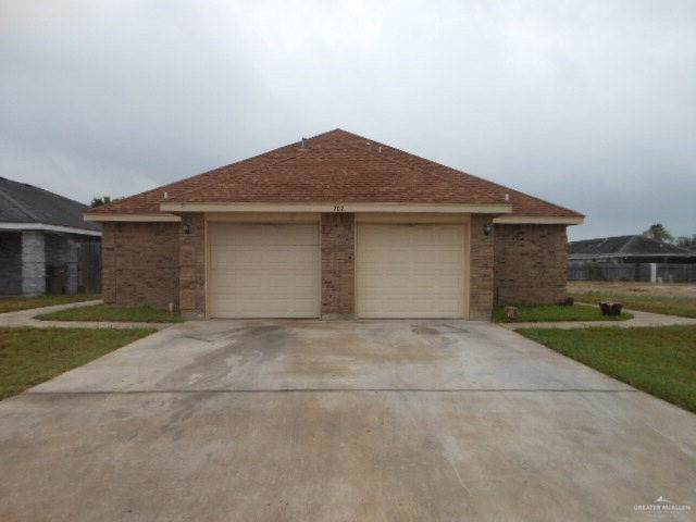 702 Jade Street B, Edinburg, TX 78541 (MLS #325236) :: Realty Executives Rio Grande Valley