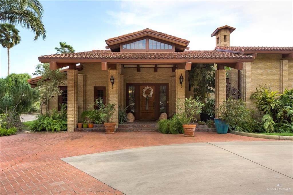 400 El Rancho Road - Photo 1