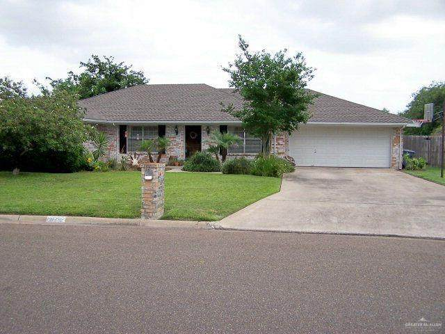 4002 Karen Lane, Edinburg, TX 78539 (MLS #333885) :: The Ryan & Brian Real Estate Team