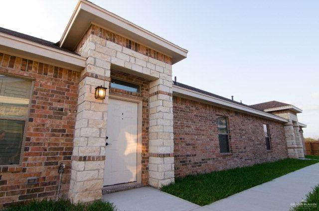 401 E Chavez Street #2, Edinburg, TX 78541 (MLS #335327) :: The Maggie Harris Team
