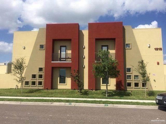1213 E Camellia Avenue, Mcallen, TX 78501 (MLS #339790) :: The Ryan & Brian Real Estate Team