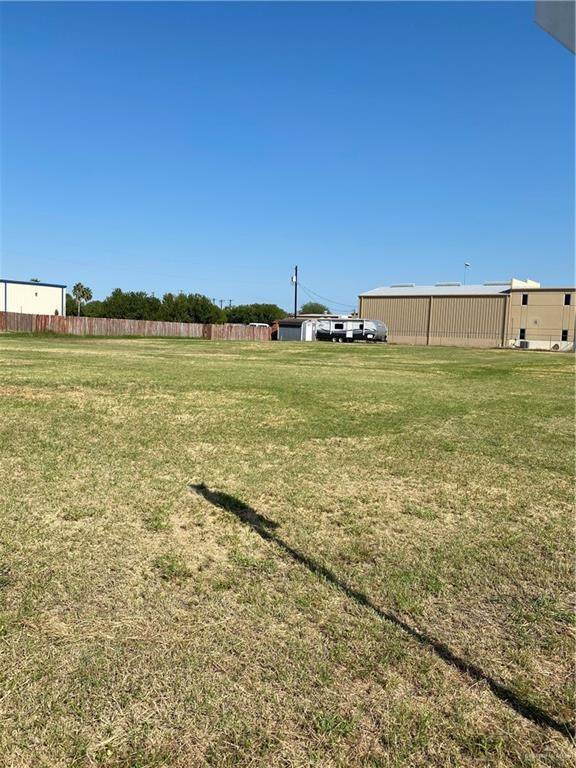 605 NE Palmview Commercial Drive NE, Palmview, TX 78574 (MLS #343750) :: eReal Estate Depot