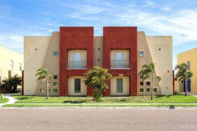 1313 W Daffodil Avenue W A, Mcallen, TX 78501 (MLS #346280) :: Imperio Real Estate