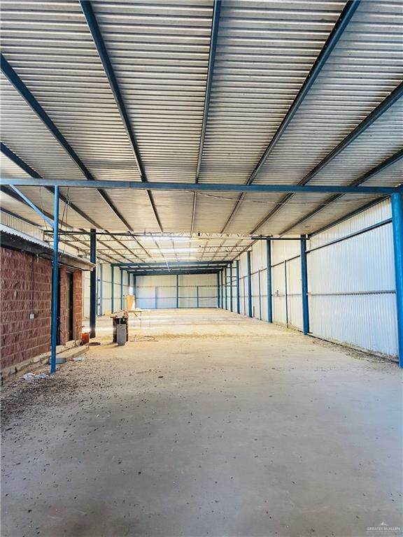 8512 E Curry Road, Edinburg, TX 78542 (MLS #348313) :: eReal Estate Depot