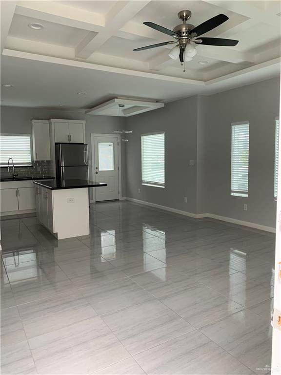 805 E La Cantera Avenue #3, Mcallen, TX 78503 (MLS #353060) :: The Lucas Sanchez Real Estate Team