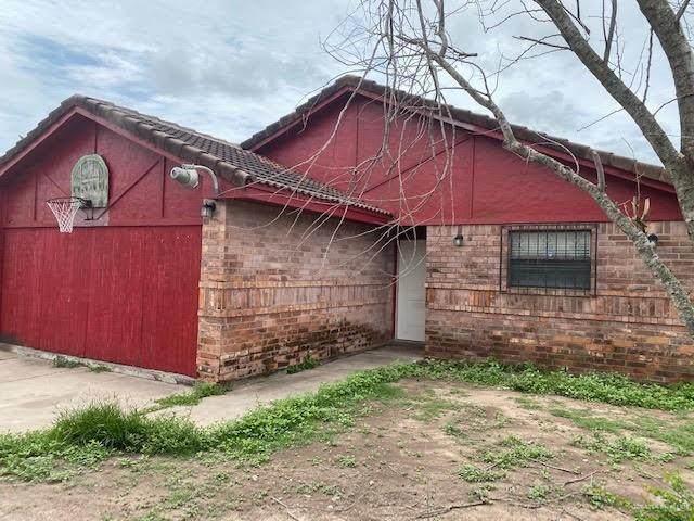 3653 Cherokee, Mercedes, TX 78570 (MLS #358152) :: API Real Estate