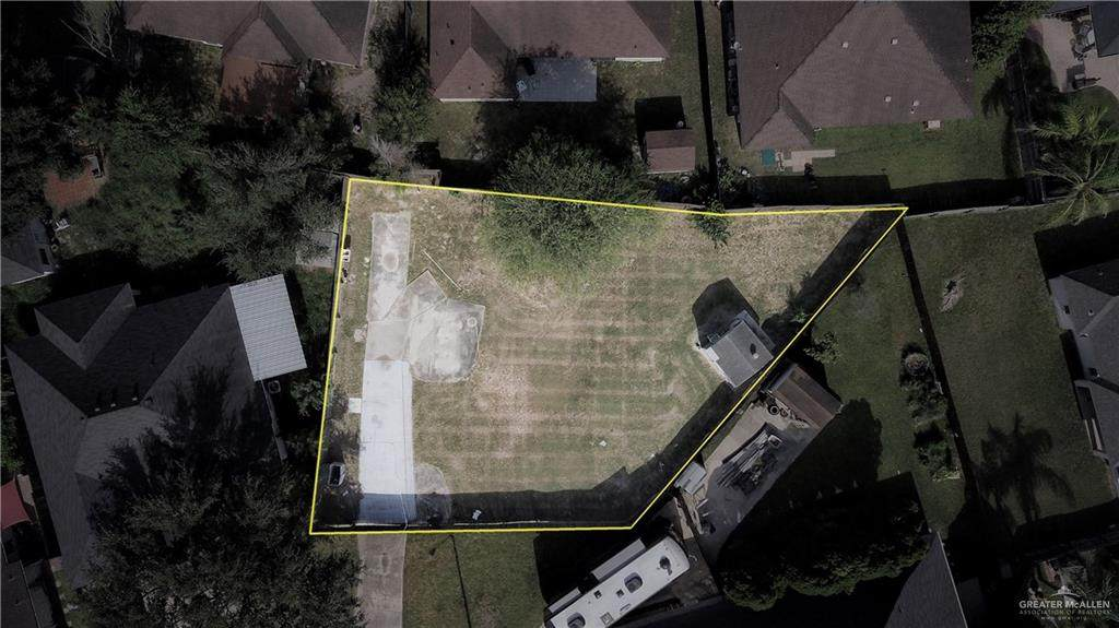 2215 Lilly - Photo 1