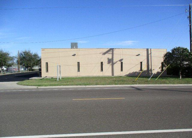 2510 S Veterans Blvd, Edinburg, TX 78539 (MLS #203191) :: The Deldi Ortegon Group and Keller Williams Realty RGV