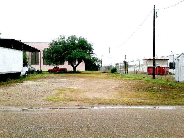 .13 Ac S Illinois Avenue, Mercedes, TX 78570 (MLS #209173) :: Jinks Realty