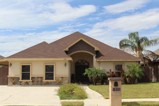 2227 Llano Mediano Lane, Edinburg, TX 78542 (MLS #209883) :: Jinks Realty