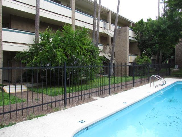700 Sunset Drive #203, Mcallen, TX 78503 (MLS #212008) :: Top Tier Real Estate Group