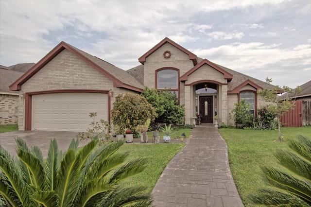 702 Redwood Street, Pharr, TX 78577 (MLS #212378) :: Jinks Realty