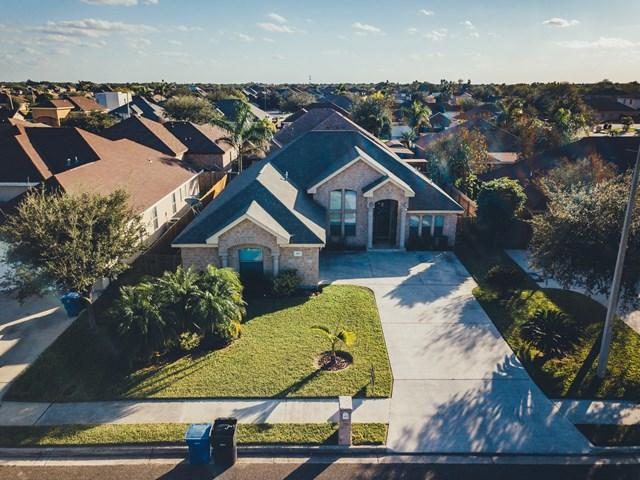 4917 La Vista Avenue, Mcallen, TX 78501 (MLS #214699) :: Jinks Realty