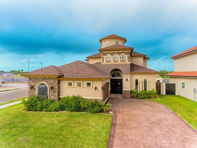 5111 Juno Court, Edinburg, TX 78539 (MLS #214867) :: The Lucas Sanchez Real Estate Team