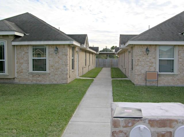 1912 Horsetail Falls, Edinburg, TX 78539 (MLS #214905) :: The Lucas Sanchez Real Estate Team