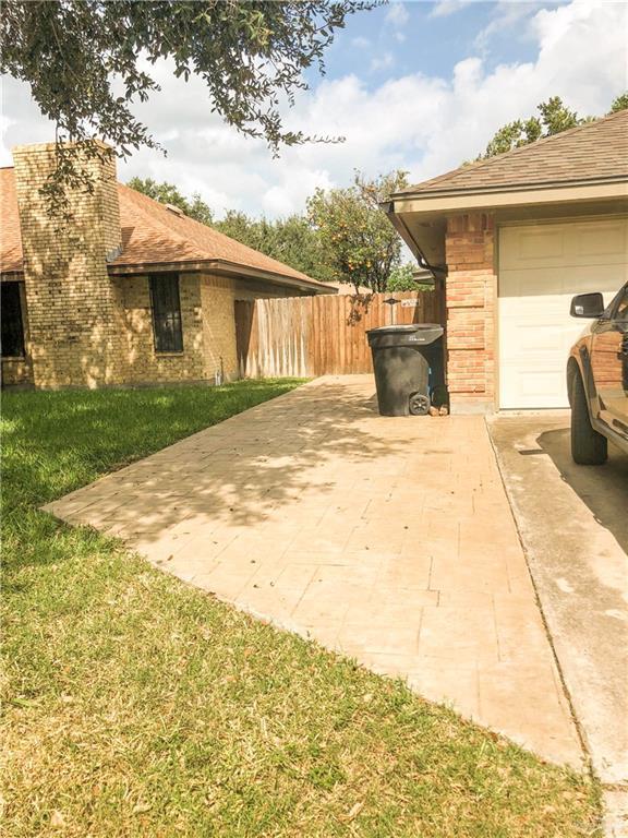 3108 Hawk Avenue, Mcallen, TX 78504 (MLS #305967) :: The Lucas Sanchez Real Estate Team