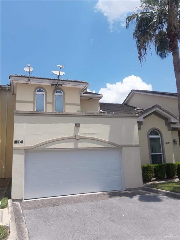 800 Sunset Drive B8, Mcallen, TX 78503 (MLS #313834) :: Rebecca Vallejo Real Estate Group