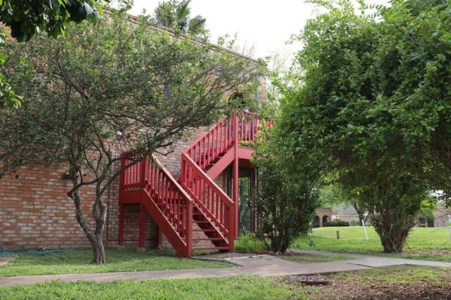1721 Highland Drive #2, Mission, TX 78572 (MLS #217675) :: The Ryan & Brian Real Estate Team