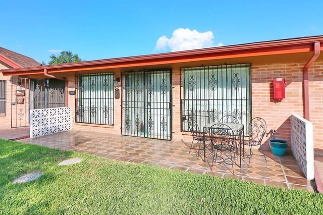 800 E Dallas Avenue, Mcallen, TX 78503 (MLS #215572) :: Jinks Realty